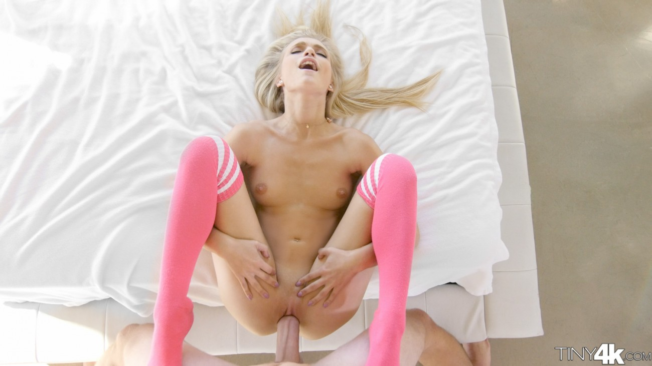 She wants more strange sex 1